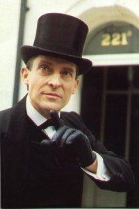 Jeremy-Brett-as-Sherlock-Holmes-sherlock-holmes-14711332-294-441